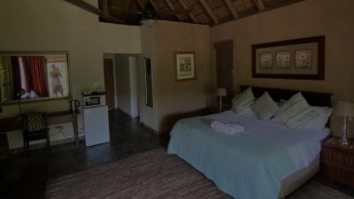 Fish Eagle Manor Room River View 1