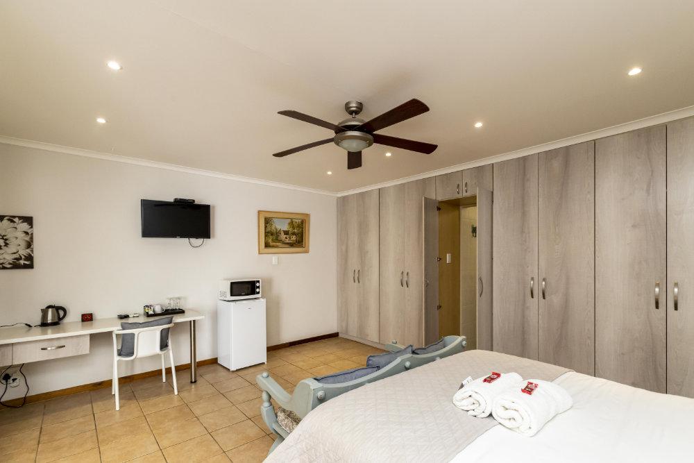 Room 3 2